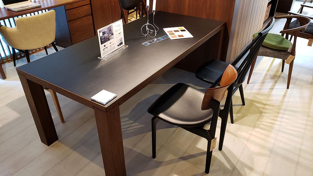 柏木工のBANQUETテーブル