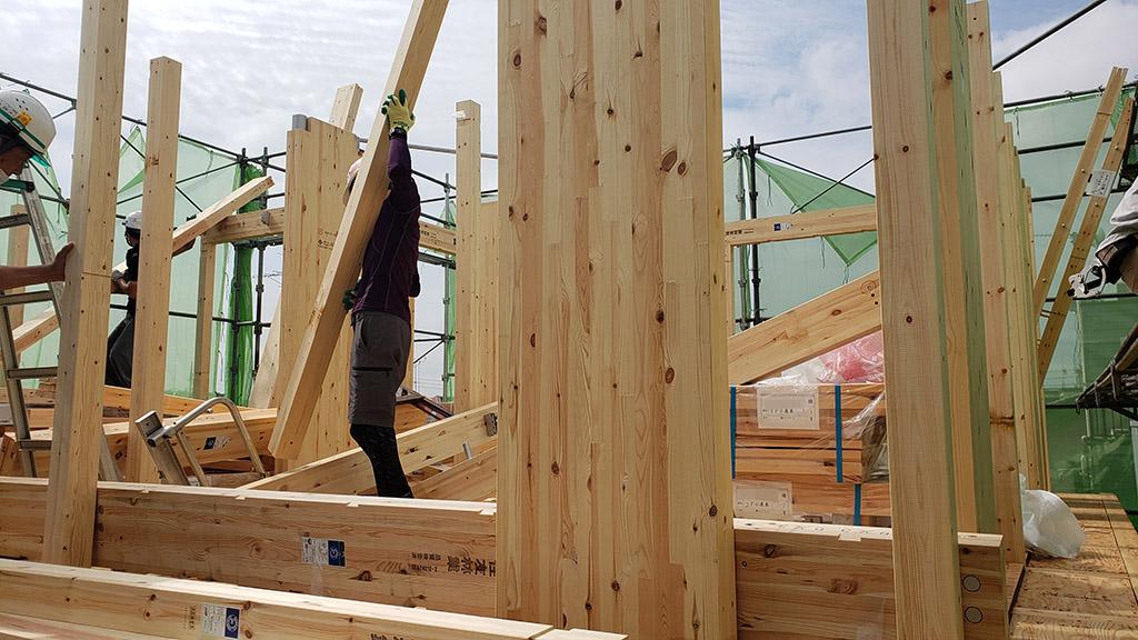 3階の建方工事開始