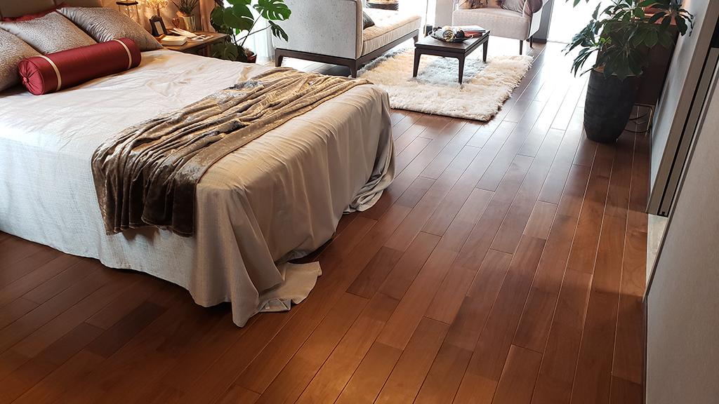 ウォールナットの床材