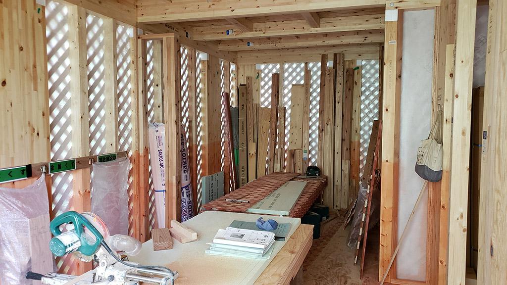 1階の木材は防蟻処理(6月26日)